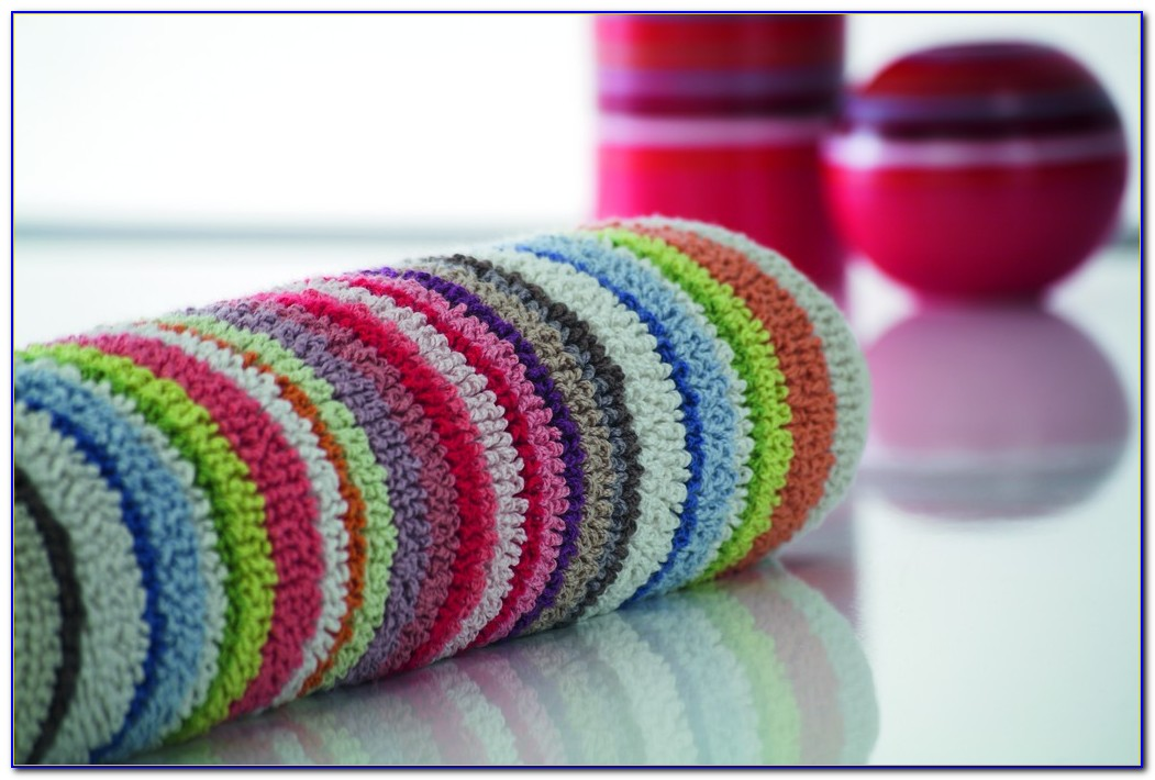 Colorful Round Bathroom Rugs