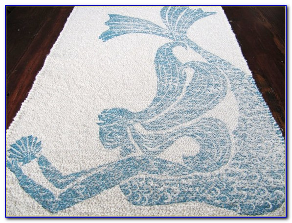 Navy Blue Bathroom Rug Set