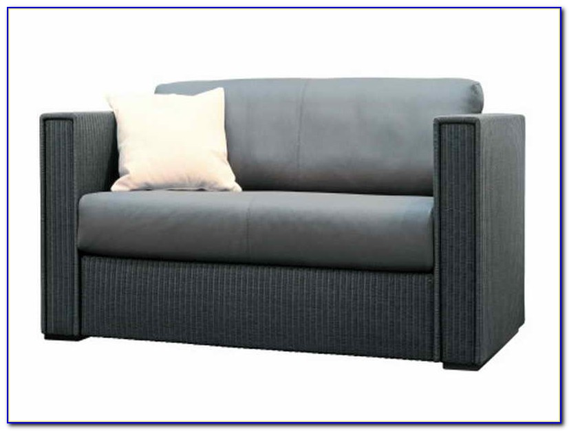 Small Sofas For Tight Spaces