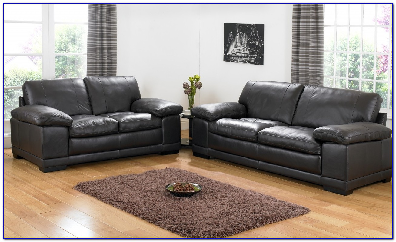 Arianna Black And White Bonded Leather Sofa And Loveseat Set