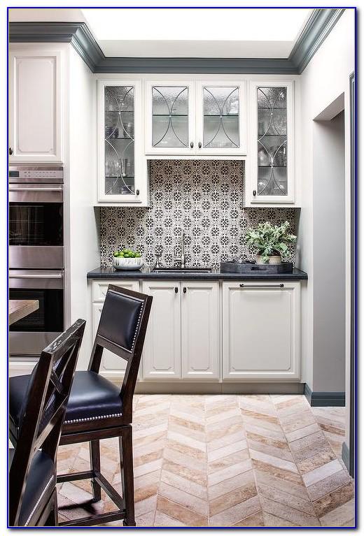 Blue And White Mosaic Tile Backsplash