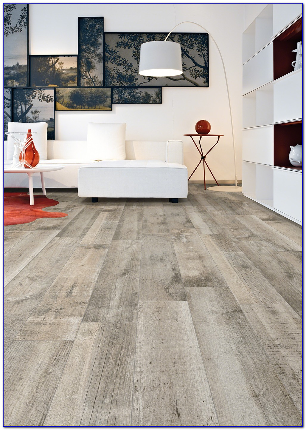 Light Grey Tile That Looks Like Wood