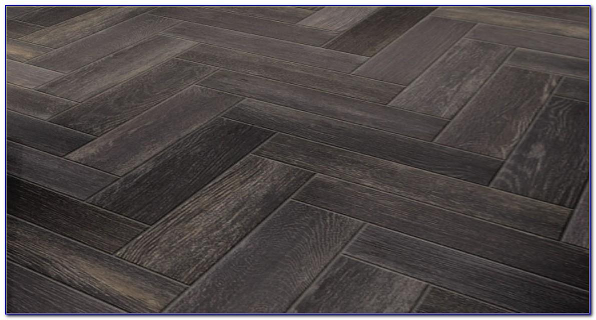 Porcelain Wood Tile Vs Wood Flooring