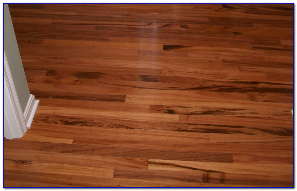 Self Stick Vinyl Tile Flooring