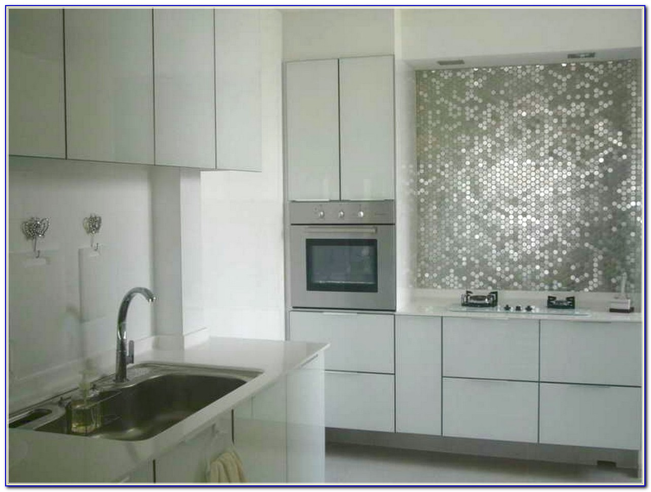 Self Stick Wall Tiles For Kitchen