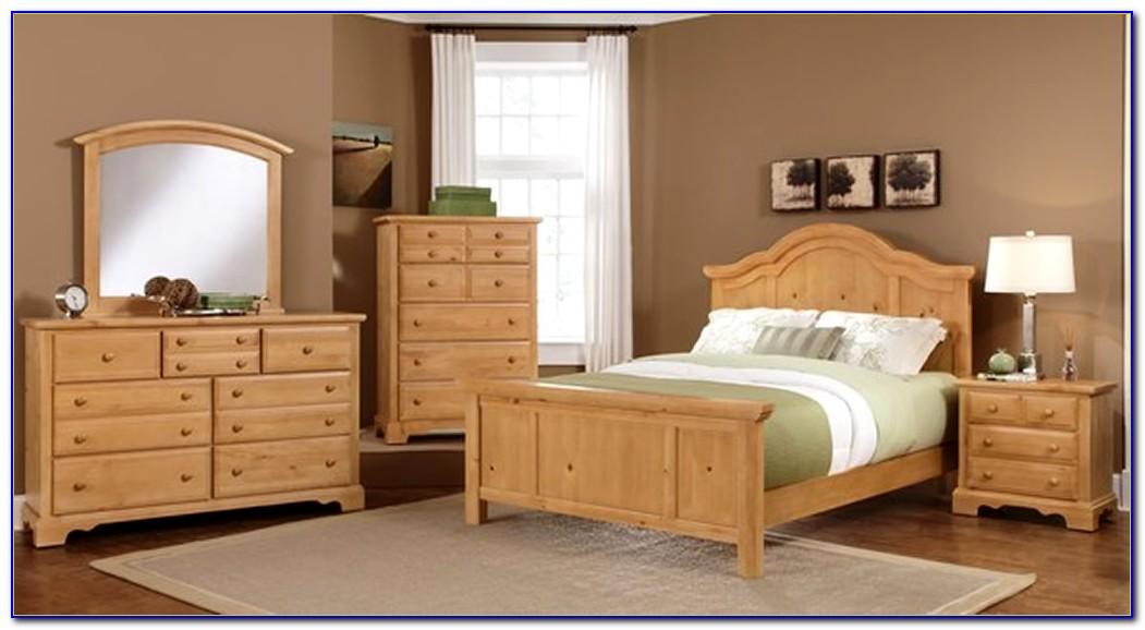 Solid Wood Bedroom Furniture Set