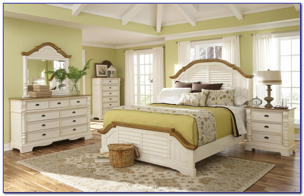 Antique Off White Bedroom Set
