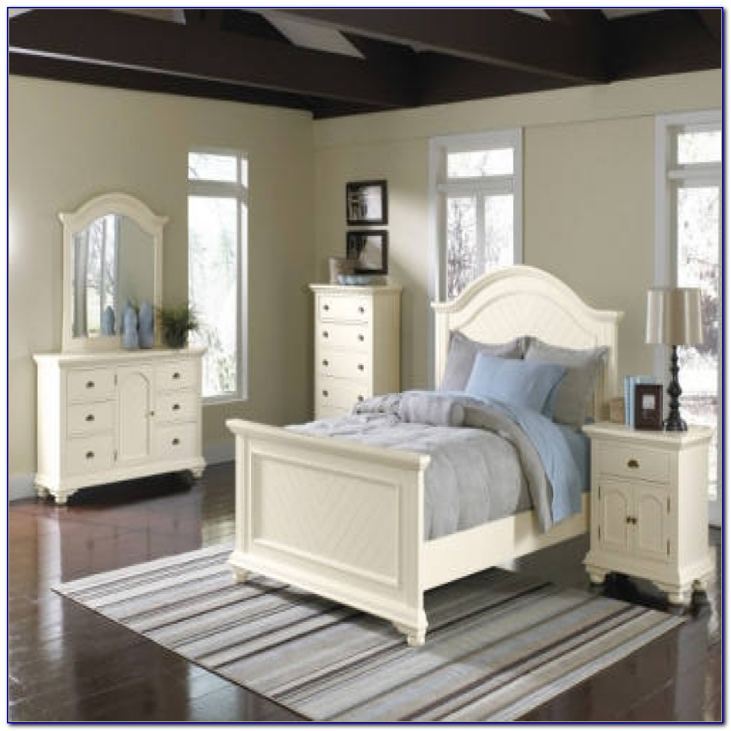 Bedroom Sets For Small Rooms