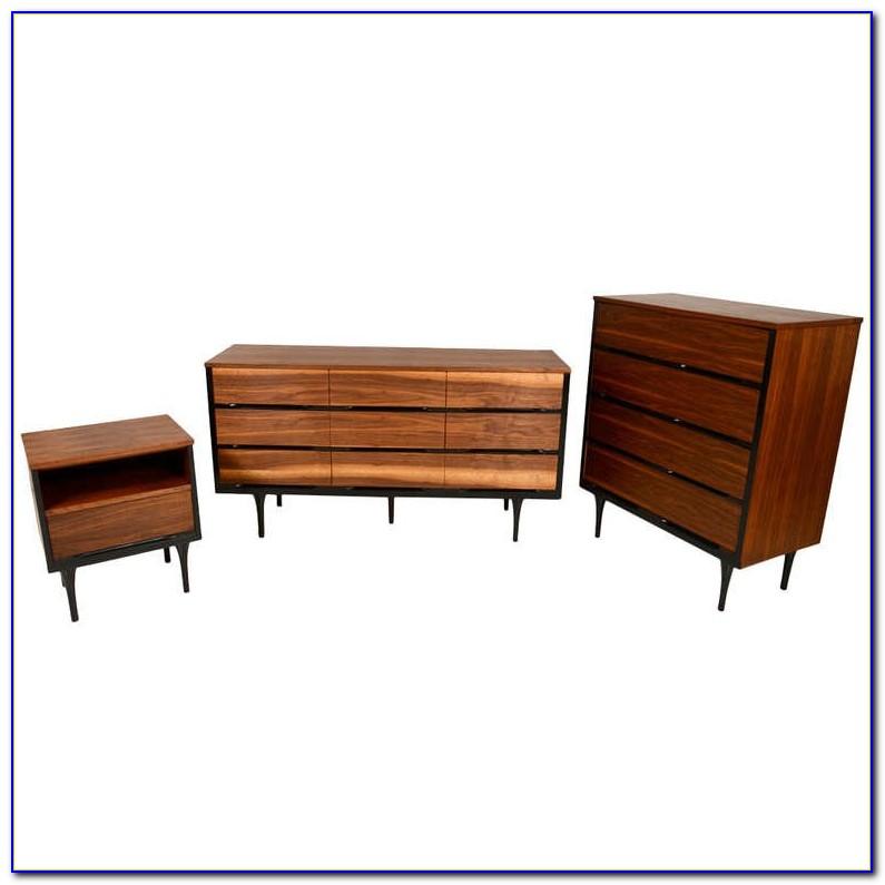 Broyhill Mid Century Bedroom Set