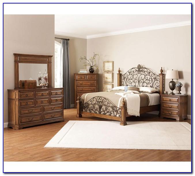 Coaster Furniture Phoenix Bedroom Set