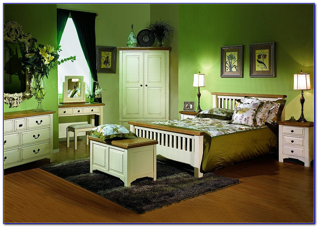 Country Cottage Style Bedroom Furniture