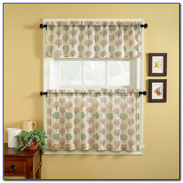 Curtain Styles For Small Bedroom Windows