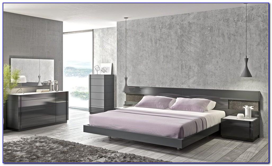 Grey Wood Bedroom Set