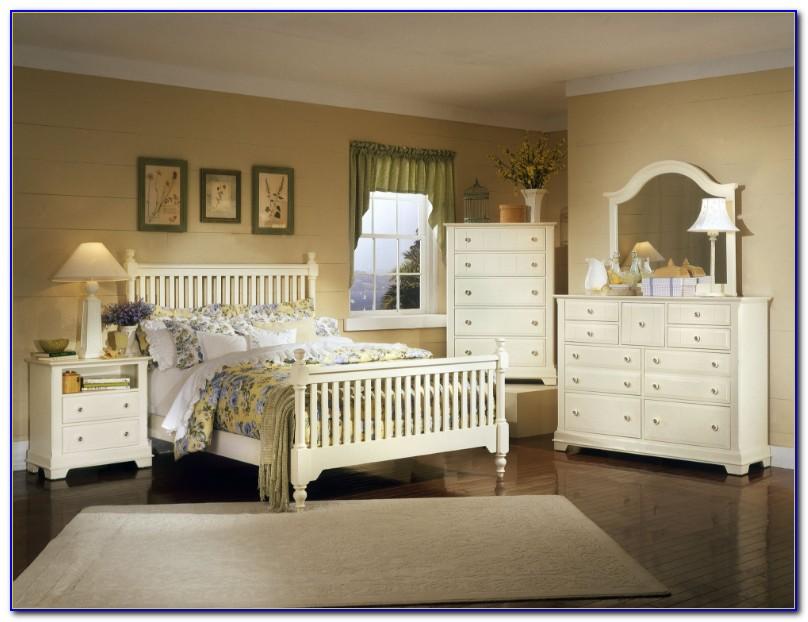 Off White Cottage Bedroom Furniture