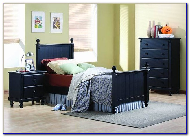 Queen Bedroom Sets For Small Rooms
