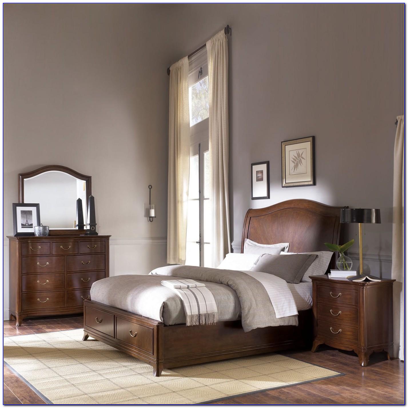 Vintage American Drew Bedroom Furniture