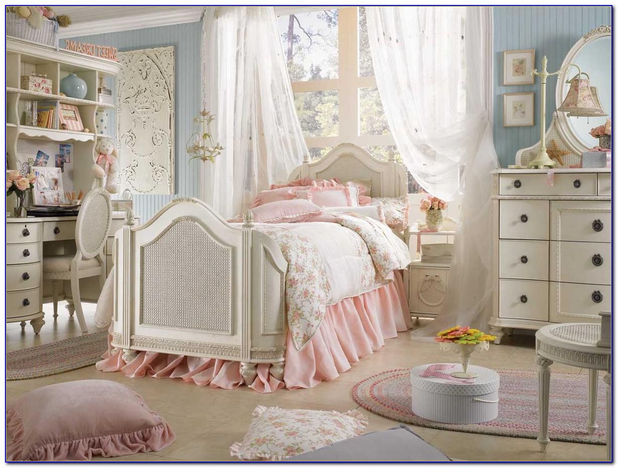Vintage Shabby Chic Bedroom Furniture
