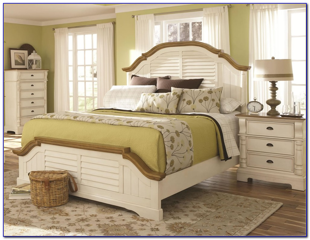 White Beach Cottage Bedroom Furniture