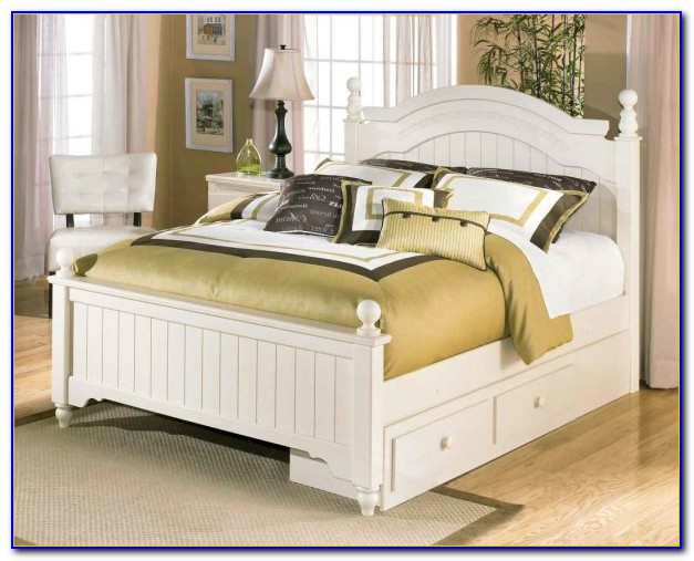 White Cottage Style Bedroom Sets