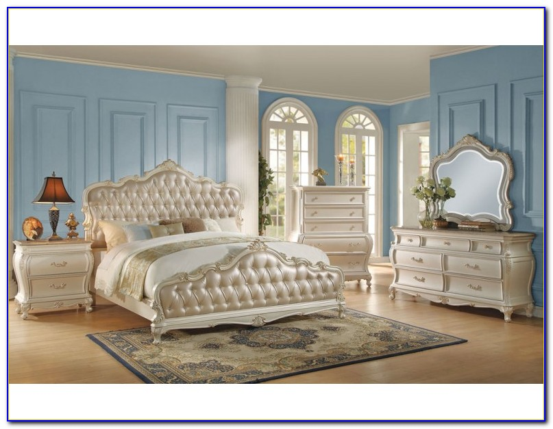 White Traditional Bedroom Sets