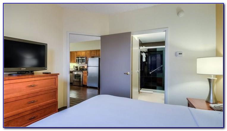 2 Bedroom Suite Marriott Chicago