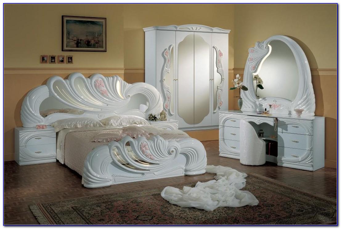 Antique Italian Bedroom Furniture