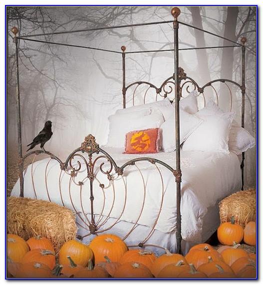 Halloween Decorations For Bedroom