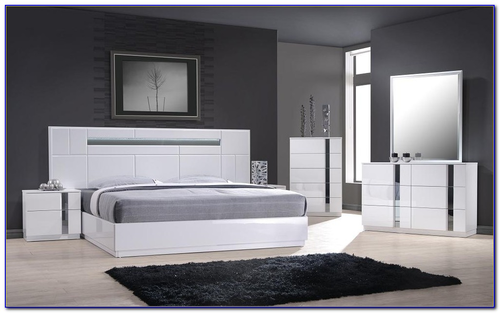 High Gloss White Lacquer Bedroom Furniture
