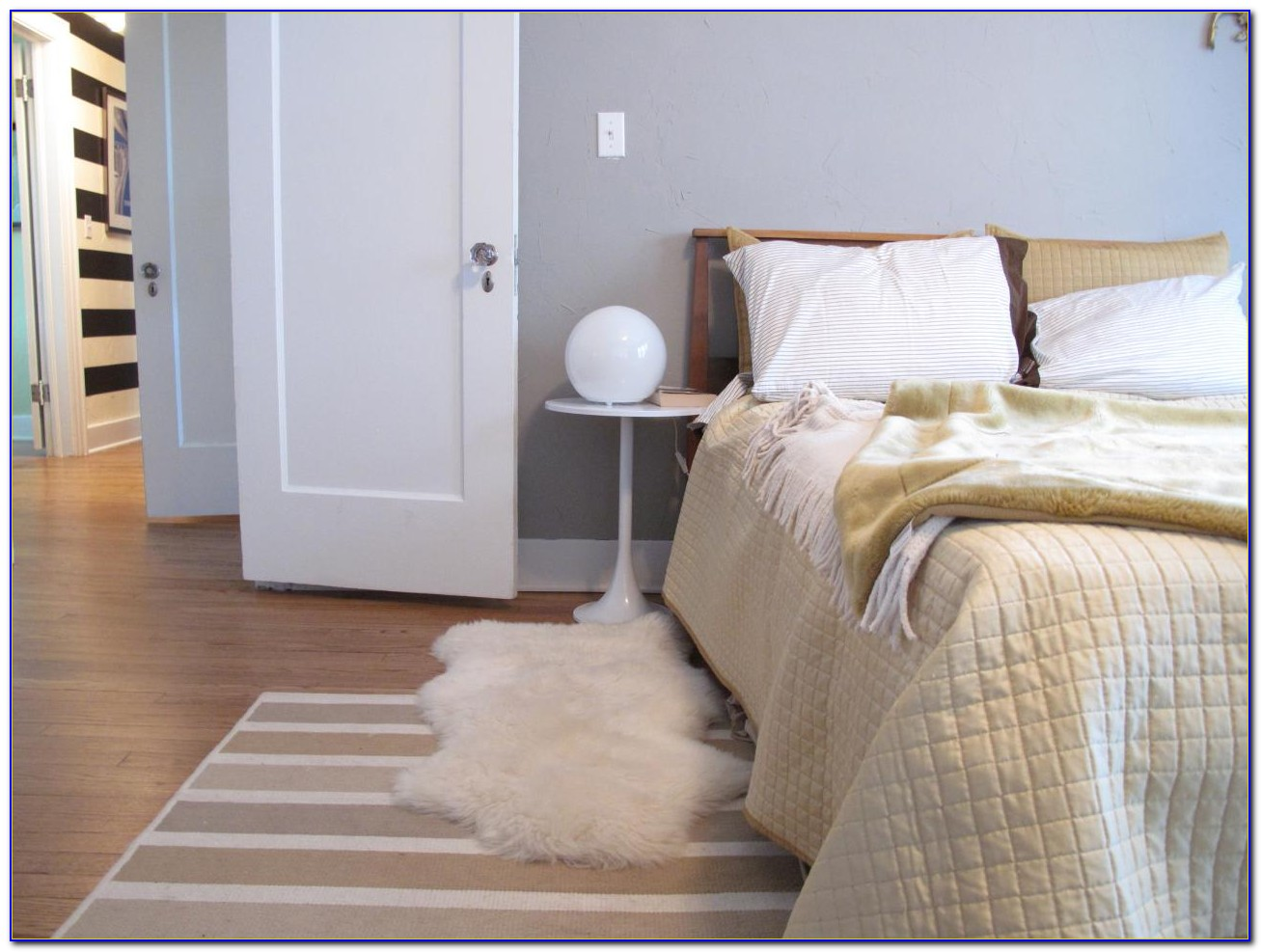 Images Of Area Rugs In Bedrooms