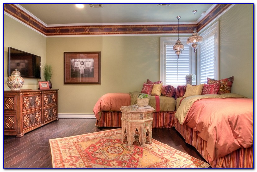 Picture Hanging Ideas For Bedrooms
