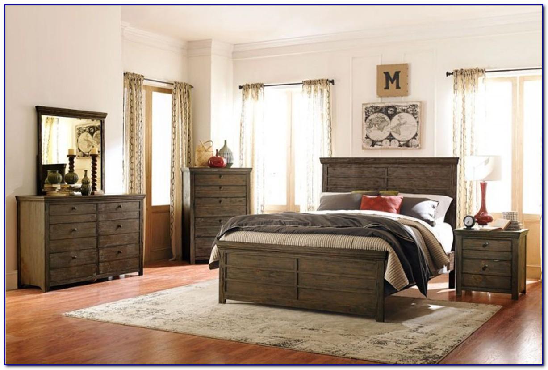 Rustic Pine Queen Bedroom Set