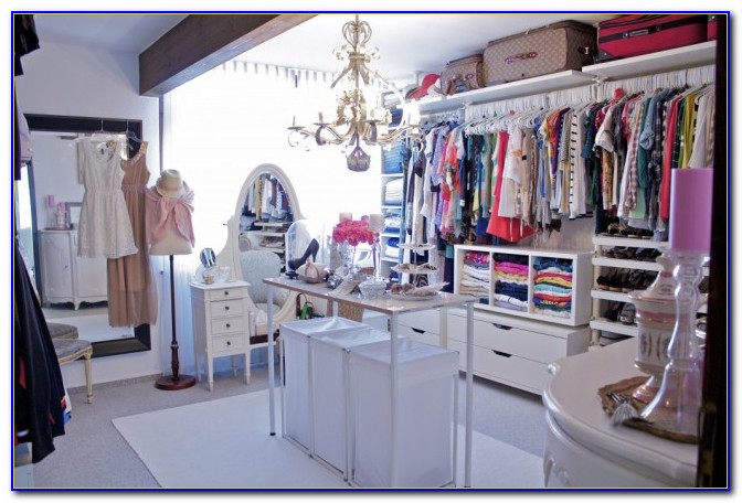 Turn A Spare Room Into A Closet