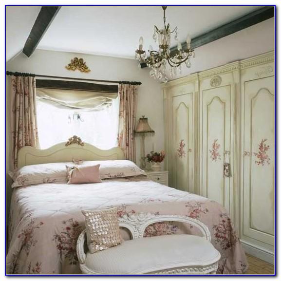 Vintage Style Bedroom Furniture Uk