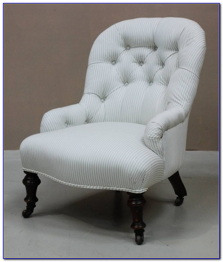White Chairs For Bedroom