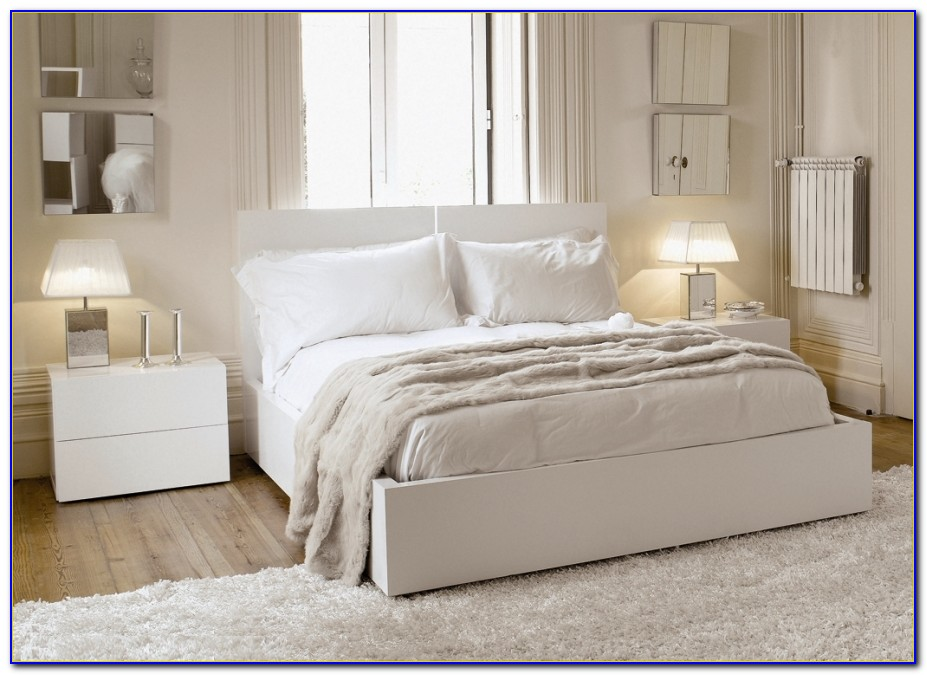 White Comfy Chairs For Bedroom