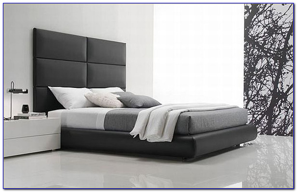 Black And White Contemporary Bedroom Designs