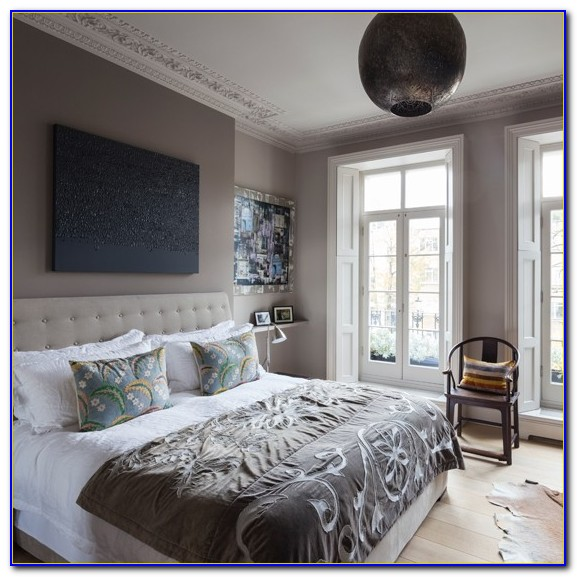 Grey And White Bedroom Decorating Ideas