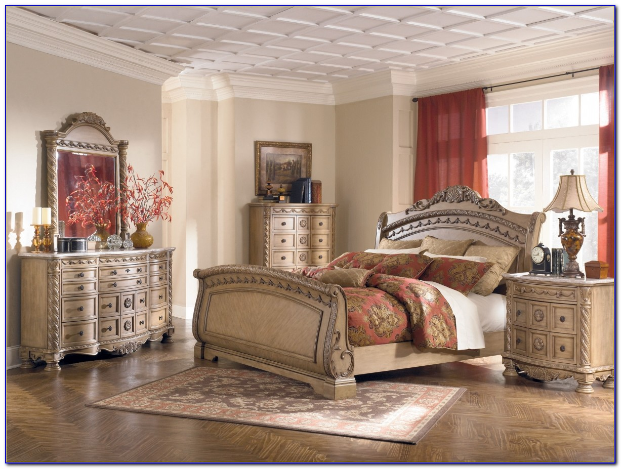 Old World Bedroom Furniture Sets