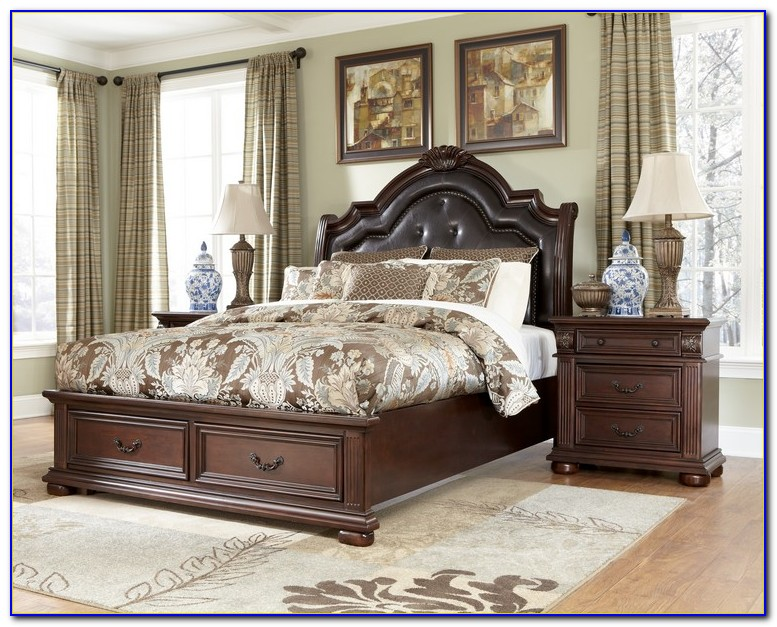 Old World Traditional Bedroom Sets