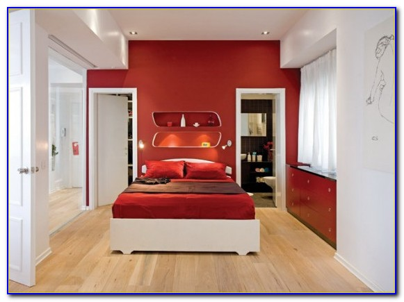 Red Gold Bedroom Decorating Ideas