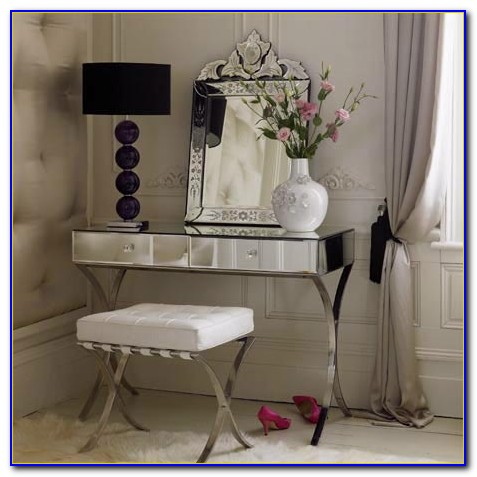 Small Dressing Table For Bedroom