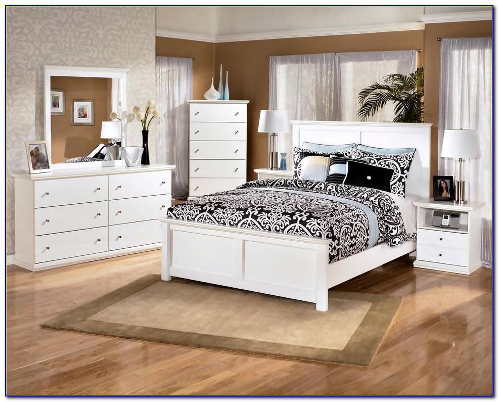 White Wood Bedroom Furniture Set