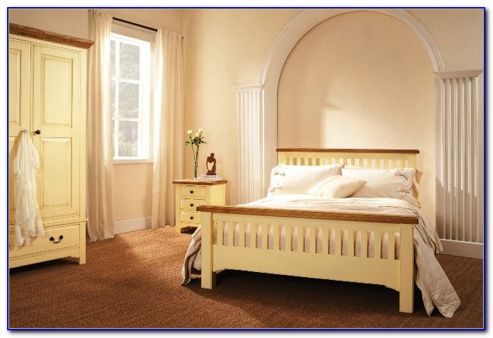 3 Piece Solid Pine Bedroom Set