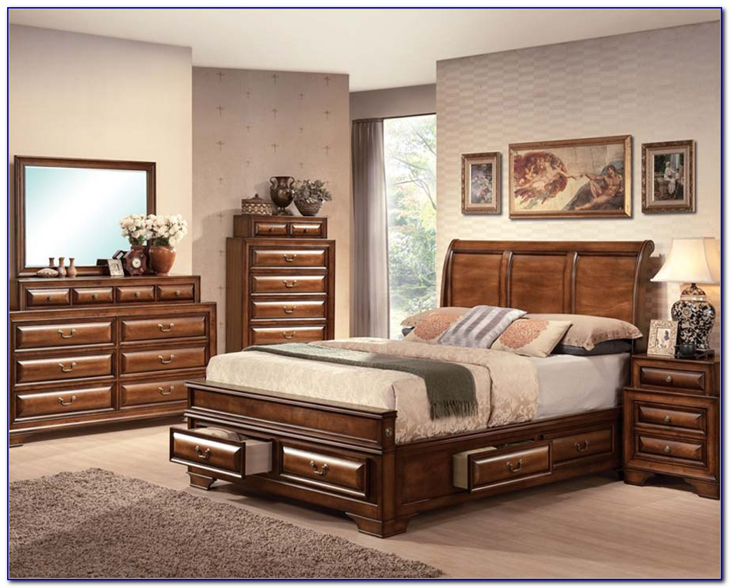 Antique Style Bedroom Sets