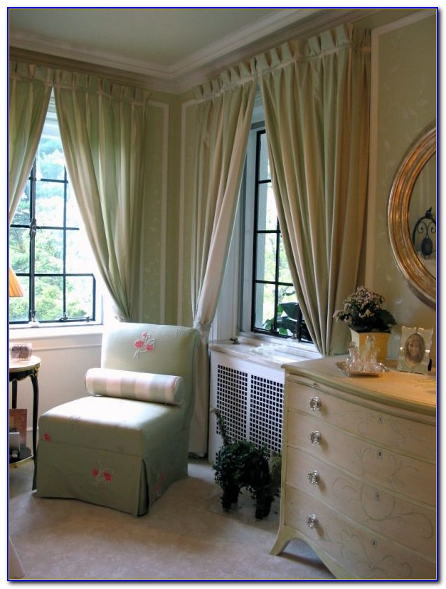 Bedroom Bay Window Curtain Ideas