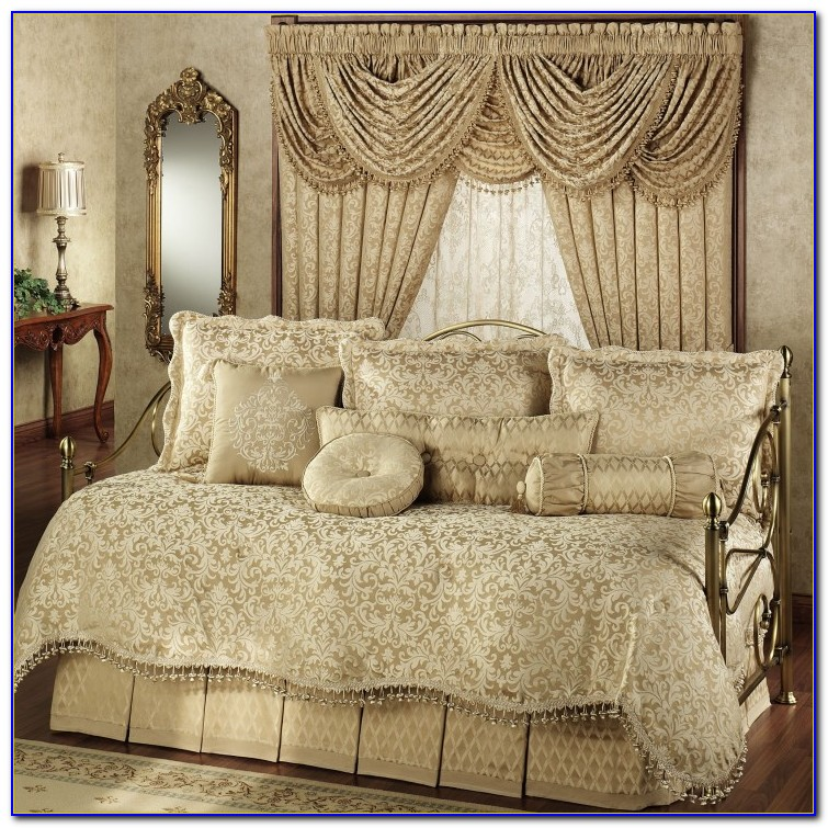 Bedroom Comforter Set With Curtains To Match