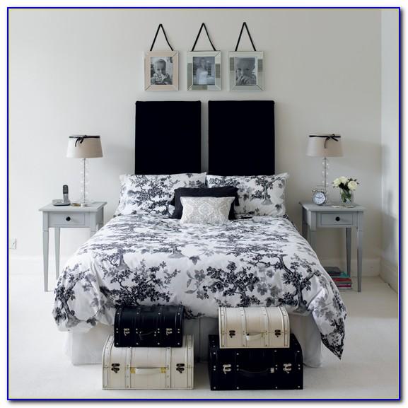 Black & White Bedroom Images