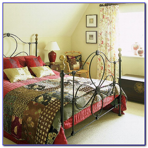 Country Style Bedroom Accessories