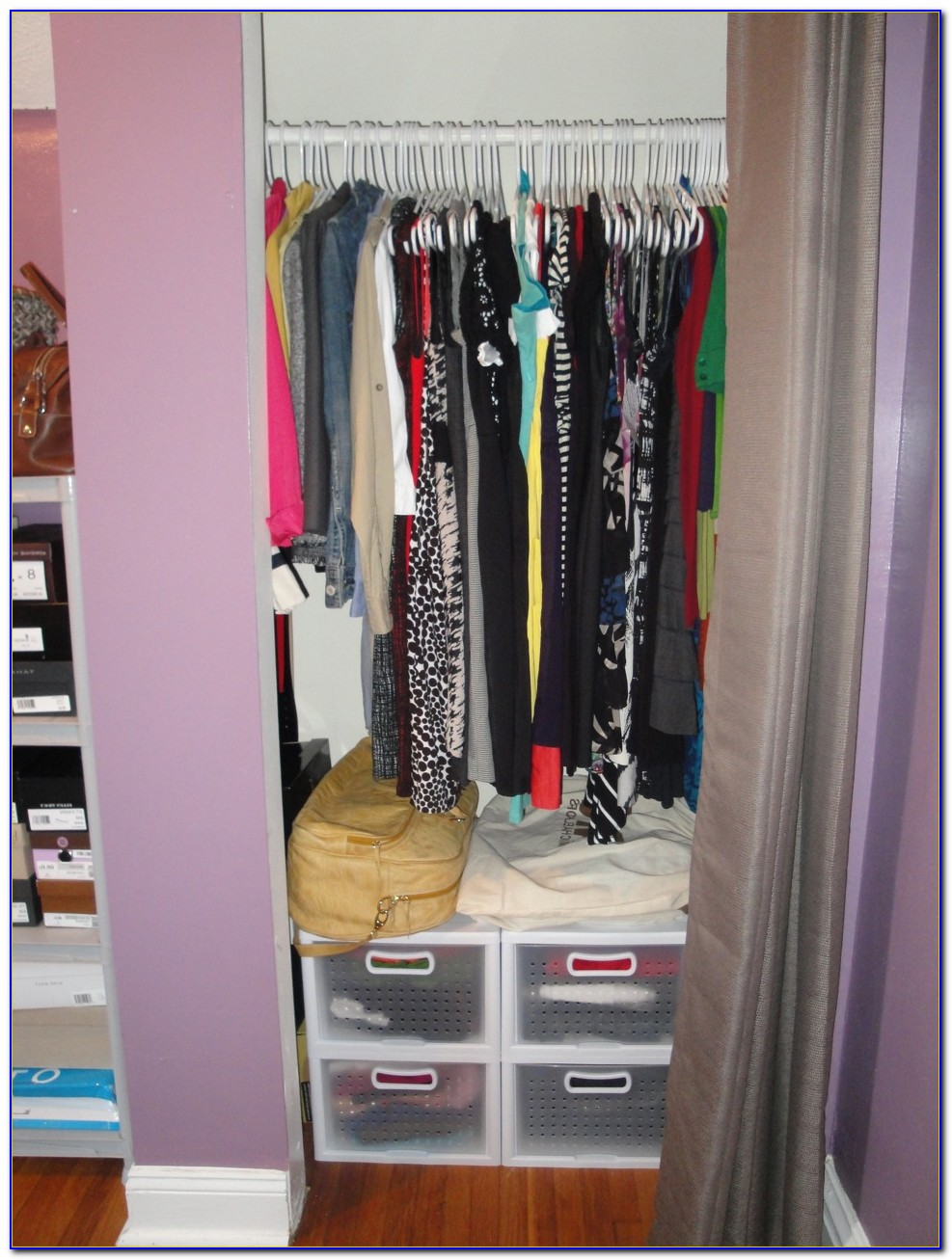 How Organize A Small Bedroom Without Closet