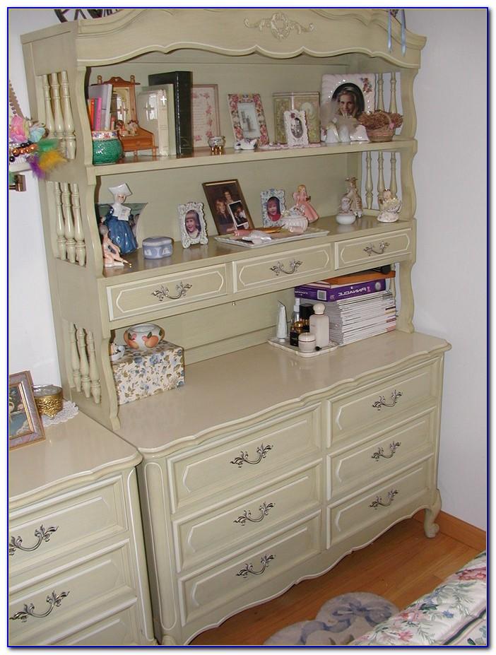 Lexington Henry Link Wicker Bedroom Furniture